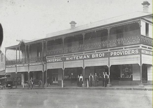 Whiteman's on Argyle Street, 1923.