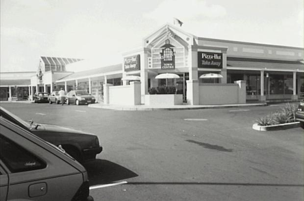 Narellan Town Centre, before much of the development and growth that has occurred during the 2000s. Copyright: Camden Historical Society.
