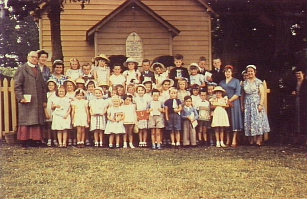 St Mark's Church, Elderslie. Luker Street Elderslie. Sunday School gathering, perhaps prize giving. Some names on back of photo. 1955. Copyright: Camden Historical Society.